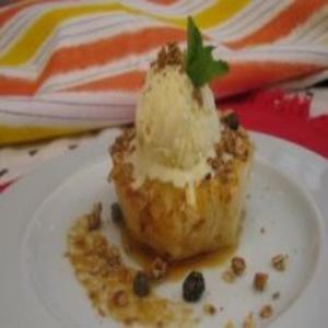 Receita de Abacaxi Grelhado com Sorvete