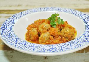 Receita de Almôndegas de Carne Moída com Molho de Tomate