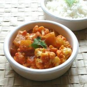 Receita de Aloo Gobi (couve-flor com batata à moda indiana)