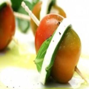 Receita de Aperitivo de tomate com queijo light