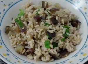 Receita de Arroz integral orgânico com berinjela e quinua