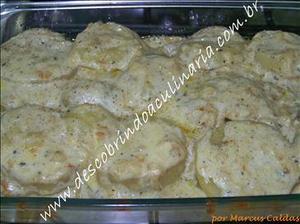 Receita de Batata Gratinada ao Molho Gorgonzola