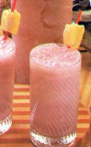Receita de Batida de Abacaxi com Vinho