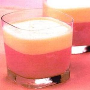 Receita de Batida de goiaba com bebida à base de soja