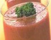 Batida de Tomate com Rabanete, Carambola e Salsinha