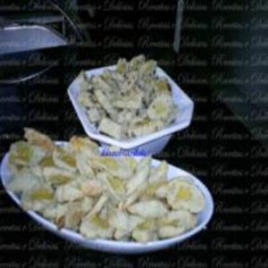 Receita de Biscoitinho de Cebola ou Queijo
