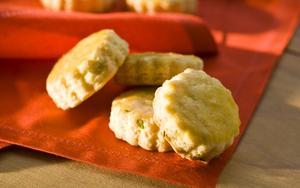 Receita de Biscoitos de cebolinha verde