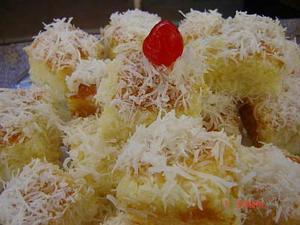 Receita de Bolo de coco molhadinho