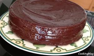 Receita de Bolo Simplesmente Chocolate