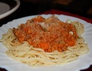 Bolonhesa de seitan com cenoura e cogumelos