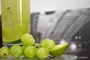 Receita de Caipirinha de Uva com Limão