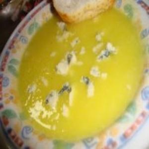 Receita de Caldo de Mandioquinha com Gorgonzola