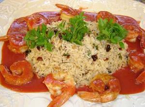 Receita de Camarão ao molho picante de morango com arroz e com tâmaras
