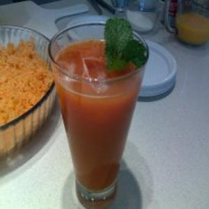Receita de Coquetel de tomate e suco de laranja