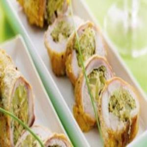 Receita de Coxa e sobrecoxa de frango recheadas com brócolis