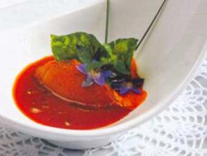 Receita de Creme de Tomate com Sorvete e Manjericão Frito