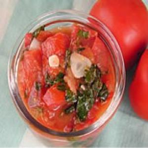 Receita de Cubos de Tomate com Manjericão