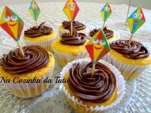 Receita de Cupcake de Cenoura com Ganache