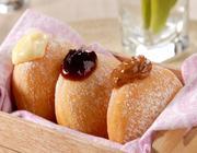 Donuts Recheados com Creme de Confeiteiro