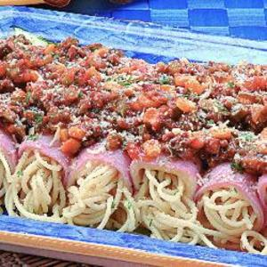Receita de Enroladinho de espaguete