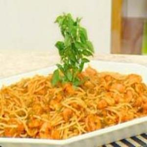 Receita de Espaguete com Camarão ao Tomate