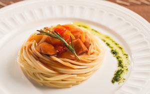 Receita de Espaguete com Lombo de Porco Agridoce