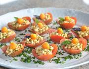 Flor de Tomate com Salada de Soja