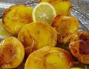 Frutas flambadas com molho de cointreau