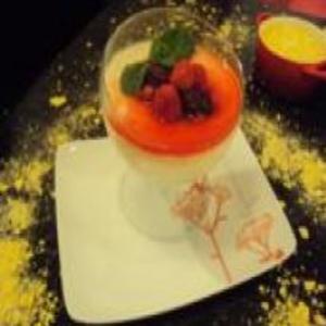 Receita de Manjar de Coco com Calda de Frutas Vermelhas do Edu Guedes