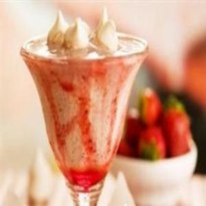 Receita de Milk Shake de flocos com morango