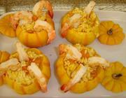 Mini abóboras recheadas com risoto de camarão