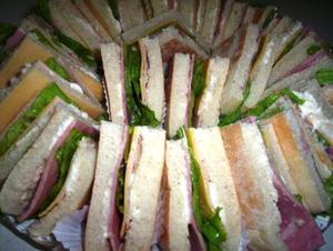 Receita de Mini sanduíche para festa