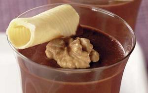 Receita de Mousse de chocolate com nozes e vinho do Porto