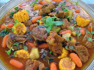 Receita de Músculo com verduras e pirão