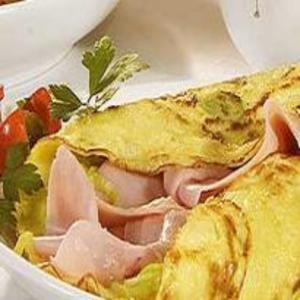 Receita de Omelete de Presunto, Alho-Poró e Tomate