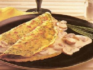 Receita de Panqueca de cebolinha e molho de champignons