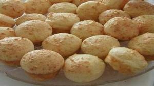 Receita de Pão de queijo de batata de liquidificador