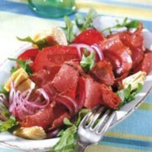 Receita de Pastrami marinado com alcachofra e tomate