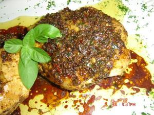 Receita de Peitos de frango ao molho chimichurri