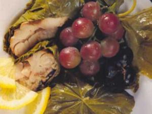 Receita de Peixe Assado em Folhas de Uvas
