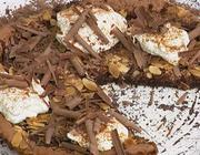 Pizza de Chocolate e Amêndoas