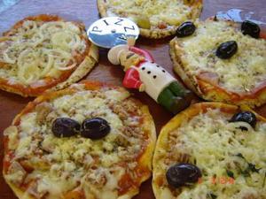 Receita de Pizza Divertida com Pão Sírio