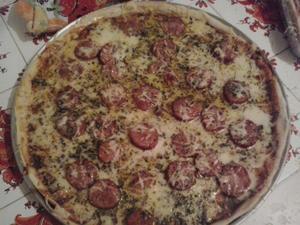 Receita de Pizza Saborosa de Calabresa