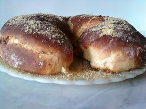 Receita de Pão Doce Recheado de Amendoim