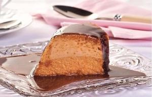 Receita de Pudim de cenoura com caramelo de chocolate