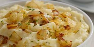 Receita de Purê de batata com cebola frita