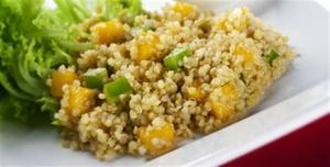 Receita de Quinua com pessego e molho Curry