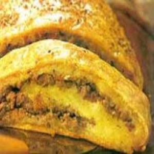 Receita de Rocambole de mandioca com carne moída