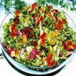 Receita de Salada ao Molho de Pitanga