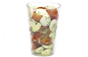 Receita de Salada Caprese com Ovinhos de Codorna para Crianças